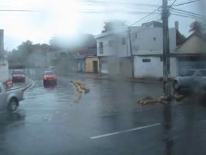 レシフェ裏町大雨